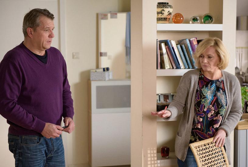 Danka nie będzie mogła pojąć, dlaczego Marek po 35 latach małżeństwa wywinął jej taki numer... /Agencja W. Impact