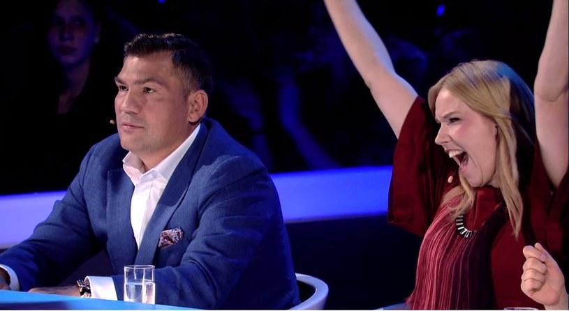 """Dariusz Michalczewski i szalejąca Roma Gąsiorowska w programie """"SuperDzieciak"""" /Polsat"""