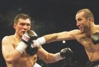 Dariusz Michalczewski nie podjął jeszcze decyzji dotyczącej jego dalszej bokserskiej kariery /AFP