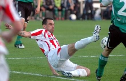 Dariusz Pawlusiński zostawił w sobotę serce na boisku /ASInfo