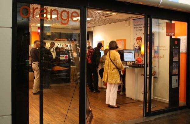 Darmowy numer dla klientów Orange na kartę /AFP