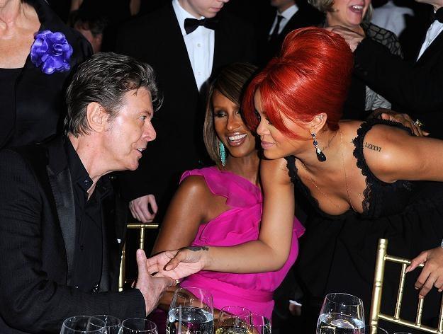 David Bowie i Rihanna, w środku żona artysty Iman fot. Andrew H. Walker /Getty Images/Flash Press Media
