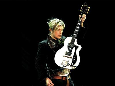 David Bowie jest obecny na scenie już 30 lat.  /materiały prasowe