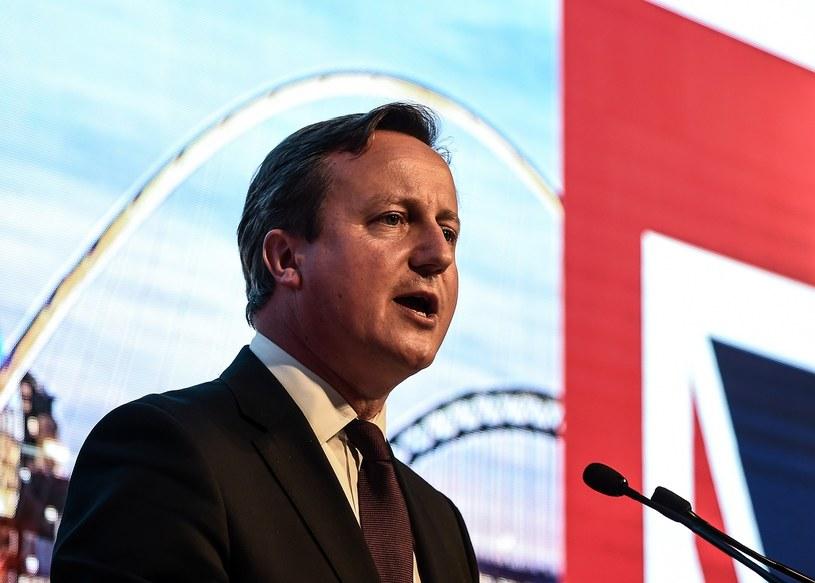 """David Cameron: """"Zrobimy więcej, by przesiedlić do Wielkiej Brytanii tysiące kolejnych uchodźców z Syrii"""" /AFP"""