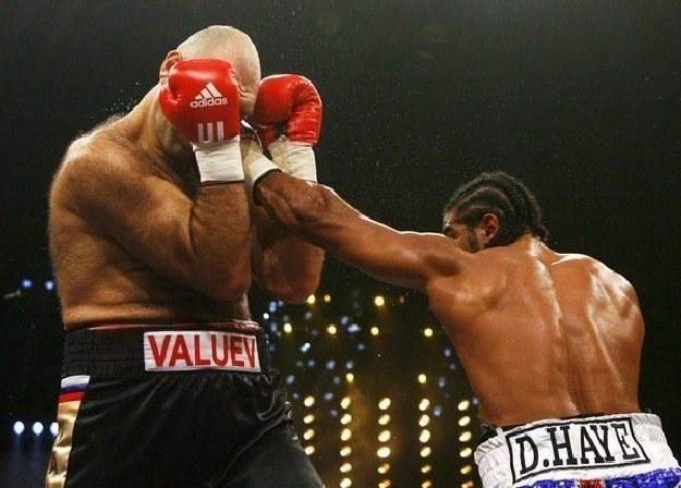 David Haye odebrał pas WBA Nikołajowi Wałujewowi /AFP