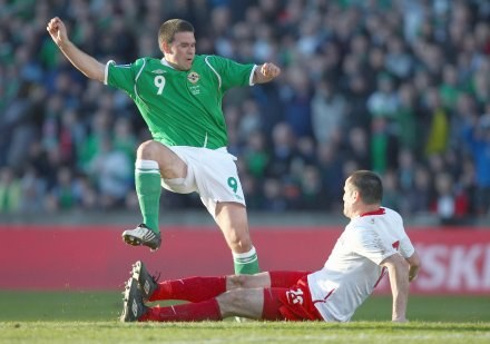 David Healy razem z Marcinem Wasilewskim podczas marcowego meczu/fot. Ian Walton /Getty Images/Flash Press Media