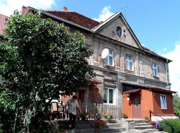Dawny dwór w Marcinkowie, gdzie Franz May znalazł kilka wartościowych obrazów /Leszek Adamczewski /Odkrywca
