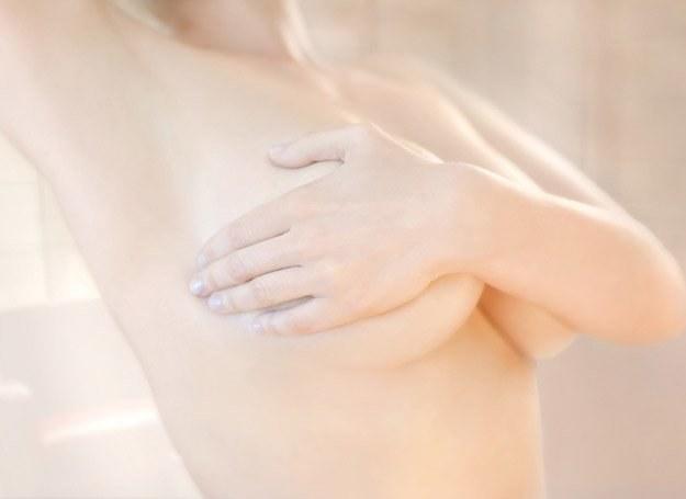 Dbaj o swoje piersi jak najlepiej potrafisz /© Panthermedia