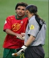 Deco zapowiedział, że podpisze kontrakt z Chelsea Londyn po zakończeniu EURO'2004 /AFP