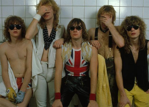 Def Leppard w 1983 roku: Mötley Crüe czy Whitesnake bili ich na głowę zużyciem lakieru do włosów /oficjalna strona wykonawcy