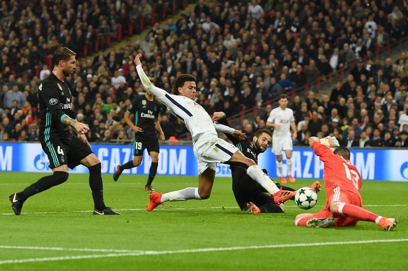 Dele Alli strzela gola dla Tottenhamu w meczu z Realem /AFP