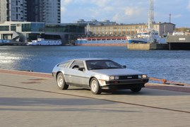 DeLorean DMC-12 (1981-1982)