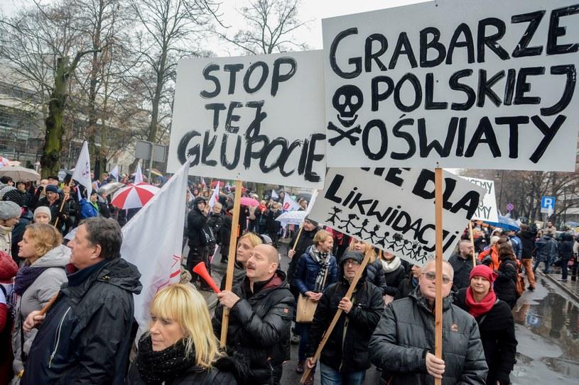 Demonstracja przeciwko reformie edukacji /Mariusz Gaczyński /East News