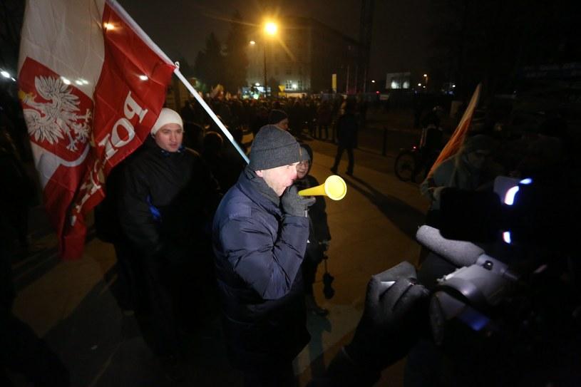Demonstracja przed Sejmem /Sławomir Kamiński /