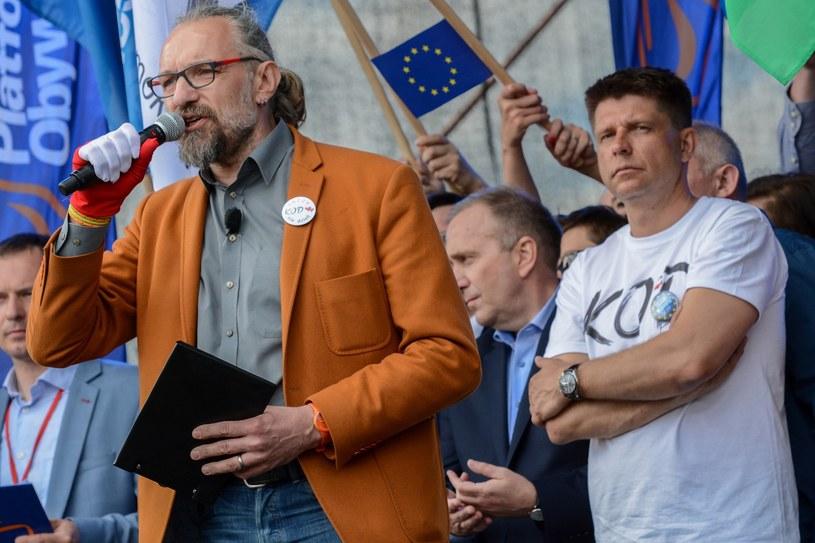 Demonstracja zorganizowana przez KOD i partie opozycyjne w proteście przeciwko polityce rządu /Fot. Mariusz Gaczynski /East News
