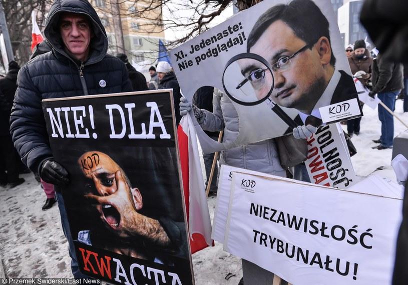 Demonstracje KOD /Przemek Świderski /East News