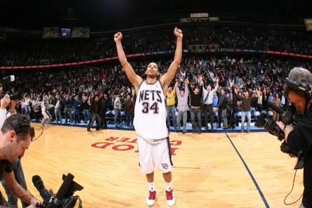 Devin Harris - bohater New Jersey Nets Fot. Jesse D. Garrabrant/NBAE/Getty Images /