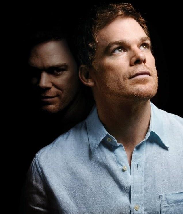 Dexter bierze na cel dilera i mordercę, lecz zabija brata prokuratora. Koledzy nie mogą się o tym dowiedzieć! /materiały prasowe