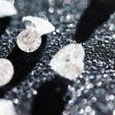 Diamentowa nanonić - najbardziej wytrzymały materiał świata