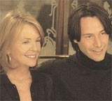"""Diane Keaton i Keanu Reeves w filmie """"Lepiej późno niż później"""" /"""