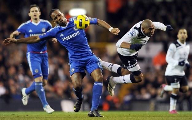 Didier Drogba nie strzelił karnego w meczu z Tottenhamem /AFP