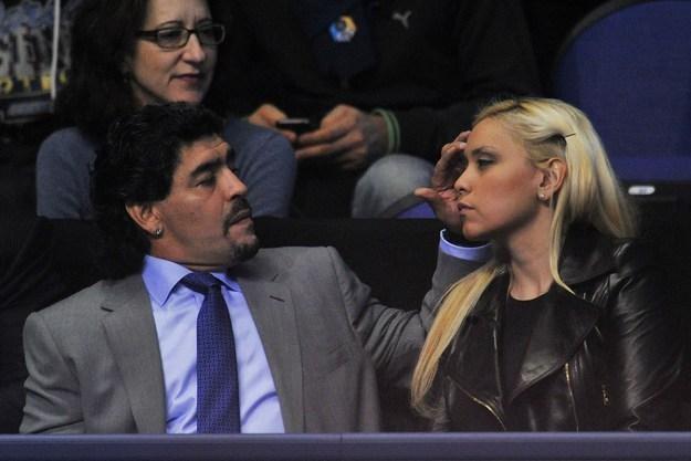 Diego Maradona twierdzi, że nie śpieszy mu się do powrotu do kadry /AFP