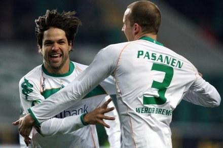 Diego (z lewej), zdobył dwie bramki dla Werderu /AFP