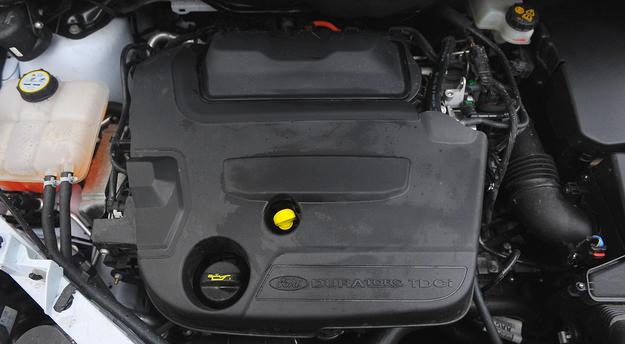 Diesel 2.0 to jedyna rozsądna opcja. Jest trwały i dynamiczny, zużywa około 8 l/100 km (mała różnica miasto/trasa). /Motor