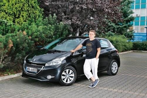 """""""Diesel z filtrem sadzy w mieście to porażka. Nikt mi nie powiedział przy sprzedaży, że to rozwiązanie nie nadaje się do jazdy miejskiej"""" - Robert, jeździ Peugeotem 208 1.6 HDi od roku /Motor"""