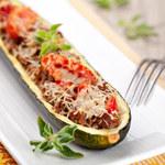 Dieta bezglutenowa: Cukinia z mięsem i kaszą jaglaną