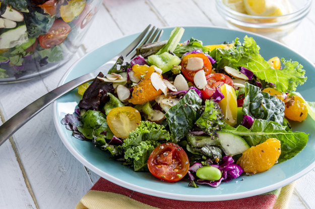 Dieta długiego życia opiera się na 30 produktach regulujących metabolizm oraz chroniącymi przed rakiem i innymi chorobami /©123RF/PICSEL