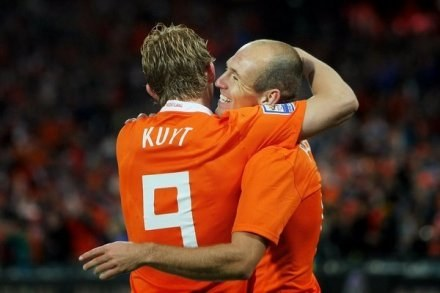 Dirk Kuyt i Arjen Robben /AFP