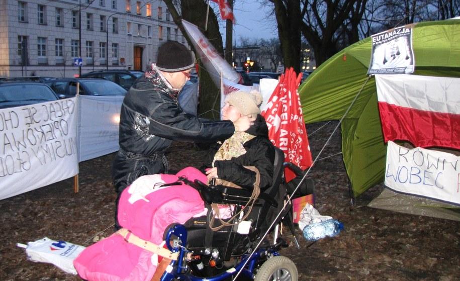 """Dla Marcina i Doroty protest to """"być albo nie być"""" /Monika Gosławska /RMF FM"""