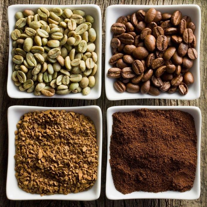 Dla smakoszy kawa rozpuszczalna to nie kawa. Łatwo przyrządzić ją w biurze, a nawet pod namiotem, ale smak i aromat już nie te /©123RF/PICSEL