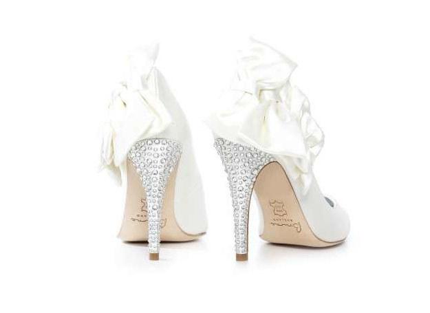 Dla tych butów warto wziąć ślub! /INTERIA.PL