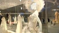 Dlaczego tradycyjna suknia ślubna jest biała?