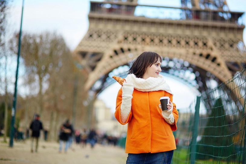 Dlaczego większość Francuzek nie tyje? Stale słyszę jedną odpowiedź na to pytanie: bo jedzą mniejsze porcje niż inni. /123RF/PICSEL