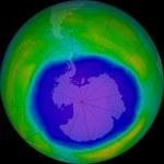 Do atmosfery wciąż są emitowane szkodliwe związki chemiczne