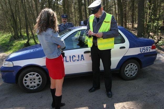 Do komend wojewódzkich przyszło polecenie, by prostytutki zniknęły z poboczy dróg /RMF