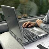 Do kościoła z laptopem pod pachą? /RMF FM