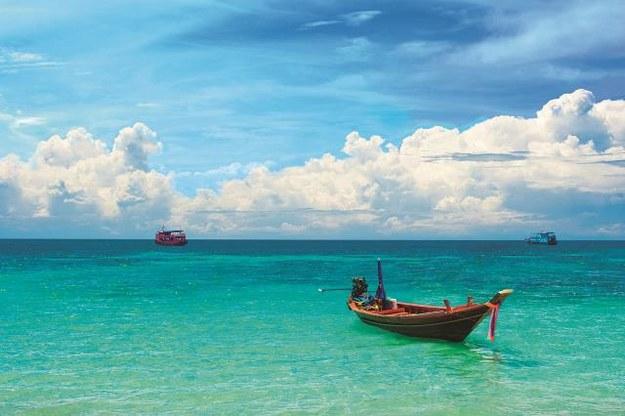 Do niedawna te proste łodzie służyły rybakom. Dziś często wynajmują je turyści. /Arch/123RF Picsel