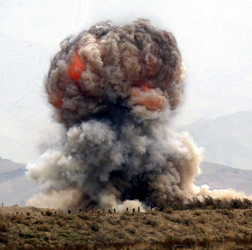 Do potężnej eksplozjo doszło w Bagram /AFP