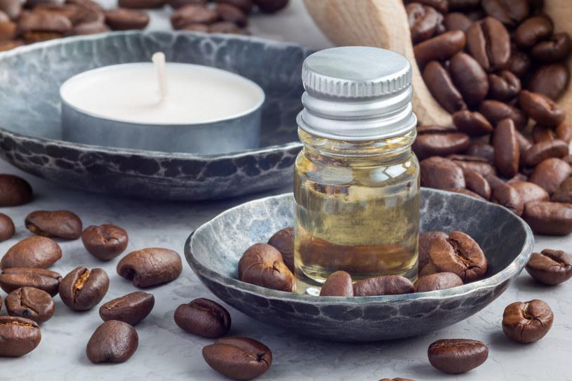 Do przygotowania bronzera potrzebujesz kawę i oliwę /123RF/PICSEL