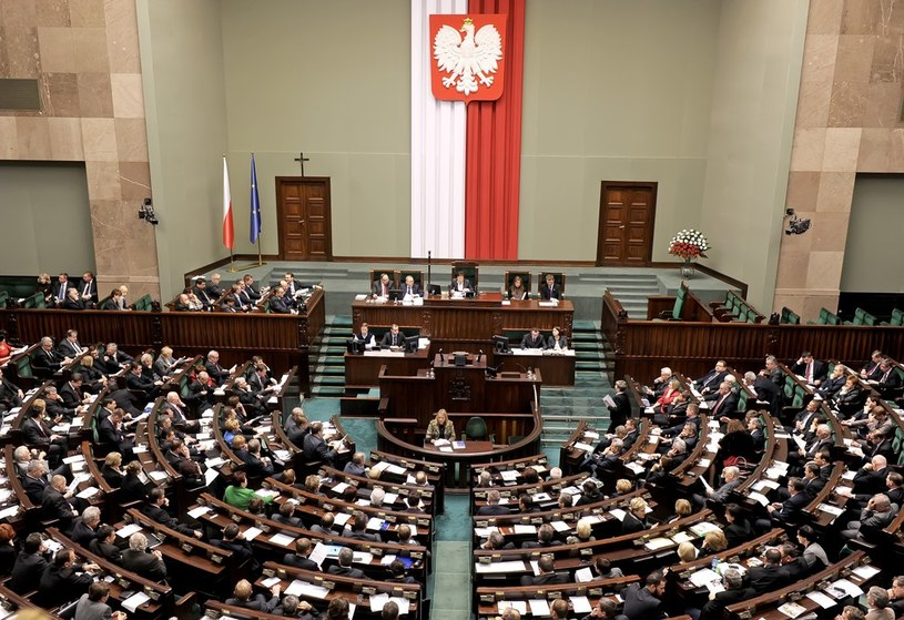 Do Sejmu weszłyby cztery partie /Jan Bielecki /East News