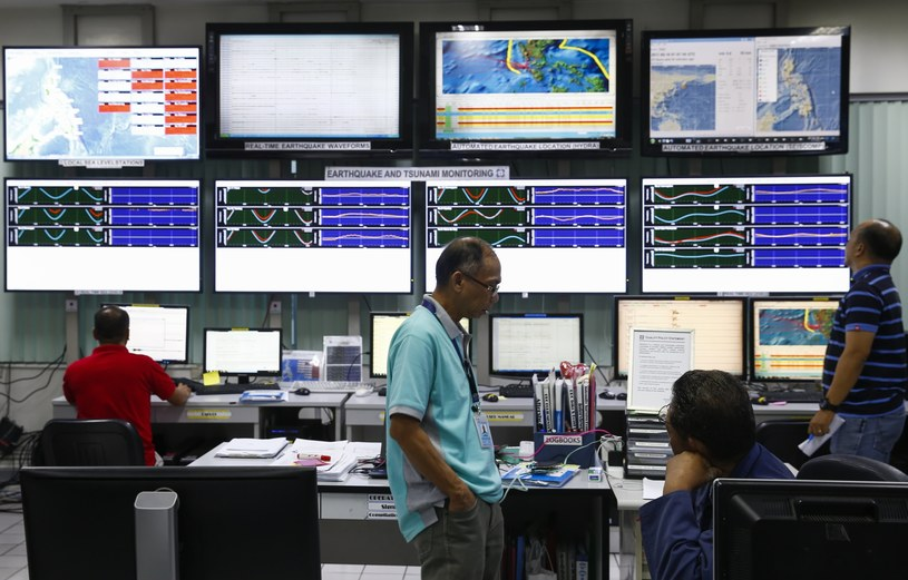 Do trzęsienia ziemi doszło w tzw. ognistym kręgu /ROLEX DELA PENA    /PAP/EPA
