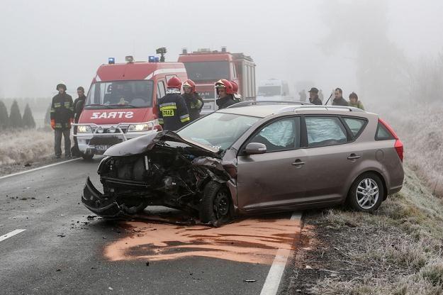 Do większości wypadków dochodzi na drogach jednojezdniowych / Fot: Michał Adamowski /Reporter