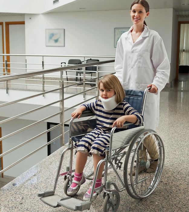 Doceniane w Szwecji polskie pielęgniarki chwalą warunki pracy /123RF/PICSEL
