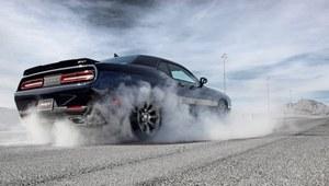 Dodge Challenger na sterydach