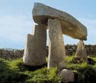 Dolmeny, Irlandia Północna /Encyklopedia Internautica