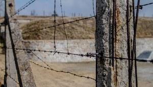 Dolnośląskie: Na terenie byłego niemieckiego obozu znaleziono szczątki 92 ofiar